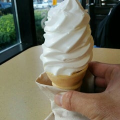 Photo taken at McDonald's by Morton F. on 7/11/2015
