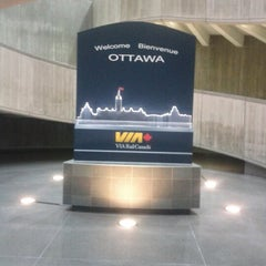 Photo taken at VIA Rail Ottawa by David B. on 11/28/2012