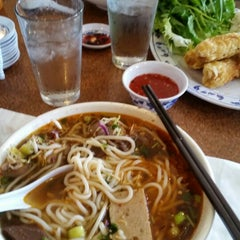 Photo taken at Pho Tau Bay by Melissa C. on 7/27/2014