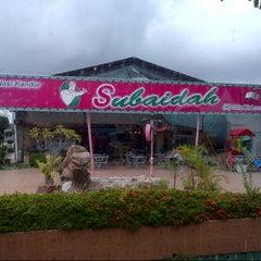Photo taken at Nasi Kandar Subaidah by azizi on 10/1/2012