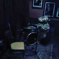 Photo taken at Red Brick Tavern by Exit Glaciers !. on 12/3/2015