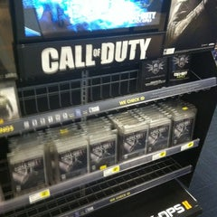 Photo taken at Best Buy by Sean R. on 11/15/2012