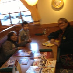 Photo taken at Olive Garden by Missy H. on 3/3/2013