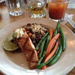 Photo taken at Dakota Jazz Club & Restaurant by Marlene on 9/22/2012