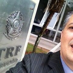 Photo taken at Tribunal Regional Federal da 1ª Região (TRF1) by Alfredo G. on 2/5/2013