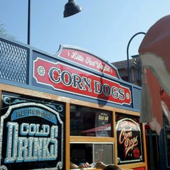 Photo taken at Little Red Wagon Corn Dogs by Vanessa K. on 9/26/2012