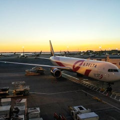 Photo taken at Delta Counter by Doug H. on 10/10/2015