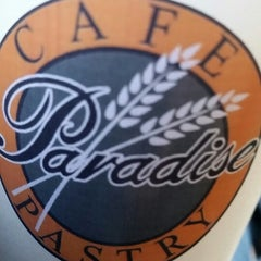 Photo taken at Paradise Pastry by Keu R. on 9/27/2014