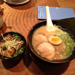 Photo taken at 麺屋めん虎 浜松店 by toshi on 9/19/2014