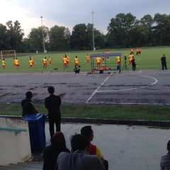 Photo taken at Stadium Mini Shah Alam by Khairil F. on 1/8/2016