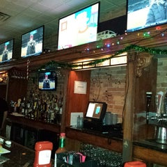 Photo taken at Franklin Steakhouse & Tavern by Alan K. on 12/30/2013