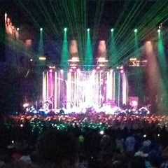 Photo taken at Aaron's Amphitheatre at Lakewood by Nichole on 5/3/2013