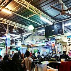 Photo taken at Restaurant Sayam by Fatin N. on 12/29/2015
