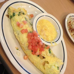 Photo taken at IHOP by Amola on 7/13/2013