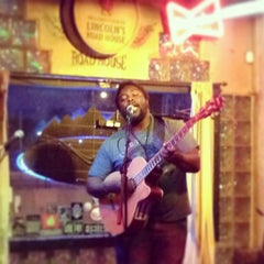 Photo taken at Lincoln's Roadhouse by Justin O. on 5/8/2014