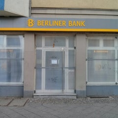 Photo taken at Berliner Bank Filiale by Isarmatrose on 5/1/2014