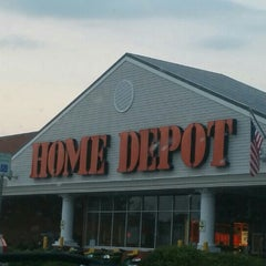 Photo taken at The Home Depot by Eve Y. on 8/17/2015