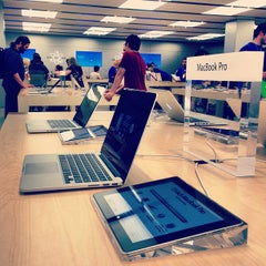 Photo taken at Apple Store, City Creek Center by iGoByDoc on 5/11/2013