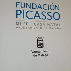 Photo taken at Fundación Picasso - Museo Casa Natal by Jessica T. on 8/13/2013