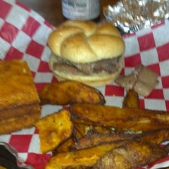 Photo taken at Andy Nelson's Southern Pit Barbecue by Jason C. on 4/24/2013
