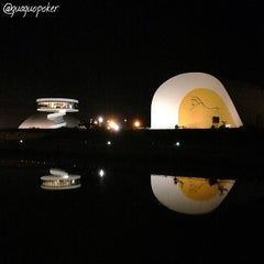 Photo taken at Centro Cultural Internacional Oscar Niemeyer by GUAGUO I. on 6/13/2013