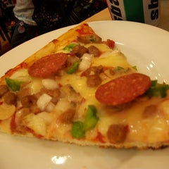 Photo taken at Sbarro by Cristine Jay S. on 7/2/2013