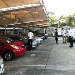 Photo taken at Toyota Body Service Co., Ltd. by Werapuk P. on 1/16/2013