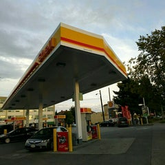 Photo taken at Shell by lee c. on 9/15/2015