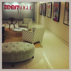 Photo taken at Condé Nast - Teen Vogue by Skai Blue Media on 3/19/2013