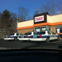 Photo taken at Dunkin' Donuts by Rosa P. on 3/15/2013