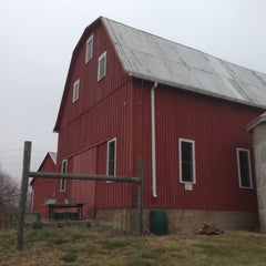 Photo taken at Clyde's Willow Creek Farm by Craig S. on 12/1/2012