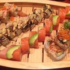 Photo taken at JoTo Thai-Sushi Tampa by Kim K. on 11/26/2013