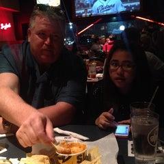 Photo taken at Buffalo Wild Wings by Penpicha P. on 4/18/2014