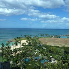 Photo taken at Marriott's Ko Olina Beach Club by Shinji K. on 2/25/2013