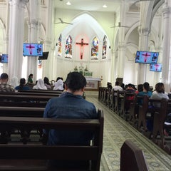 Photo taken at Church of St Anthony by Rudy O. on 11/15/2015