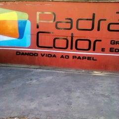 Photo taken at Padrão Color gráfica e editora by Eduardo L. on 9/19/2012