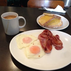 Photo taken at Mario's Cafe by Flavio M. on 3/19/2014