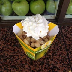 Photo taken at Granny's Apple Fries by Miss M on 3/23/2014