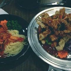Photo taken at 리안 by Jane J. on 11/2/2013