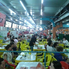 Photo taken at Feira Central by Angelo P. on 12/26/2012