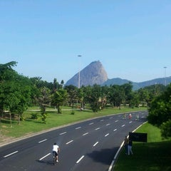 Photo taken at Aterro do Flamengo by Vinny B. on 11/20/2012
