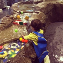 Photo taken at KidsQuest Children's Museum by Deepak S. on 8/31/2014