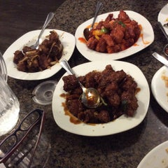 Photo taken at Asian Wok 'n' Roll by Maryoumi A. on 8/25/2015