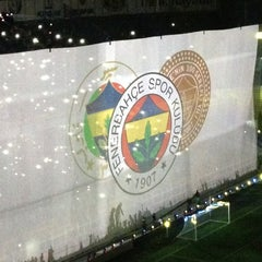 Photo taken at Fenerbahçe Şükrü Saracoğlu Stadyumu by Murat A. on 7/24/2013
