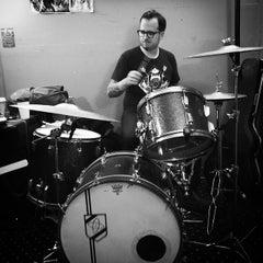 Photo taken at Rocker Guitars by Rylan C. on 10/31/2014