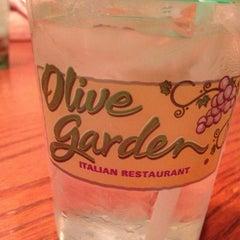 Photo taken at Olive Garden by Heather C. on 8/9/2013