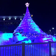 Photo taken at Clematis by Night by Brenda M. on 12/19/2014