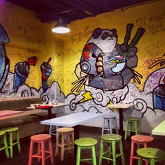 Photo taken at Graffiti Cafe by Dennis P. on 9/28/2013
