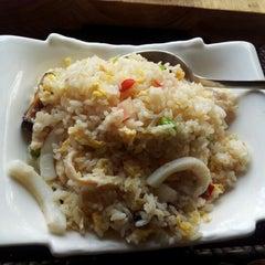 Photo taken at Restaurante Japonés Sakura VII by GianCo on 10/26/2012