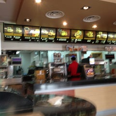Photo taken at McDonald's   ماكدونالدز by Nelson R. on 5/10/2013